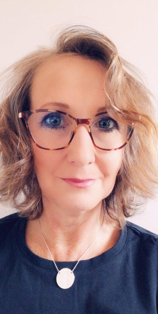 Rachel Riches Pink Link Wigan